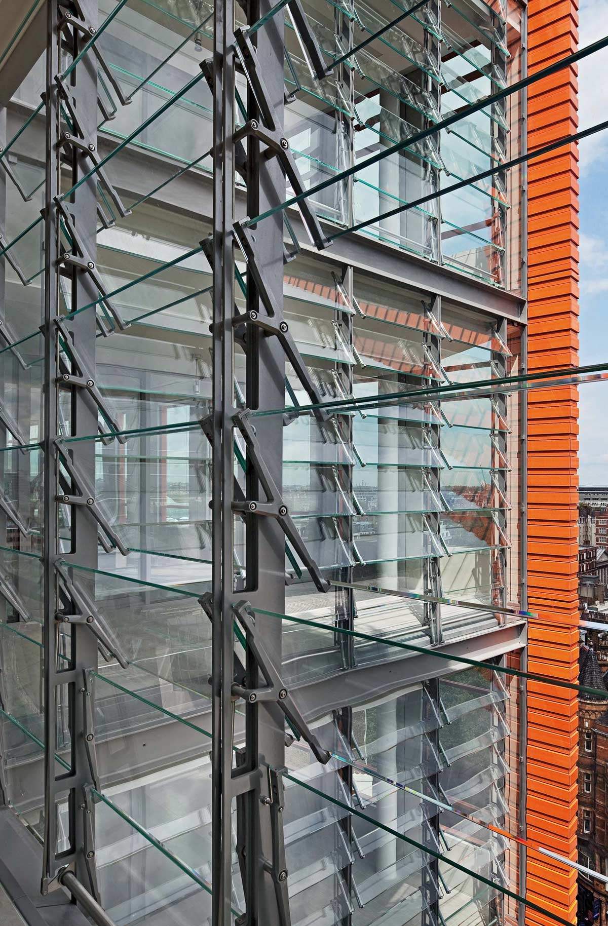 London, Central Saint Giles, Renzo Piano